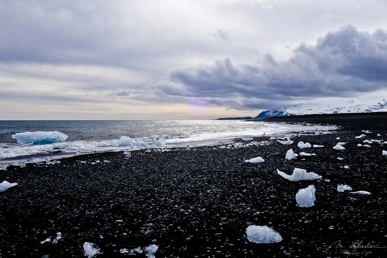 Iceland: feel magnificence at Diamond Beach