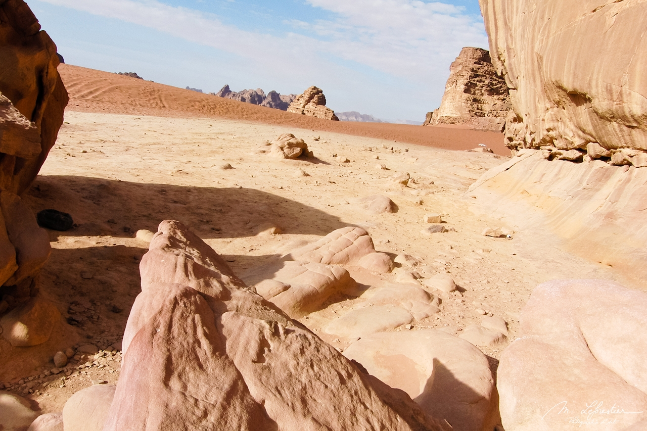 Jordan: see the Valley of the Moon in Wadi Rum