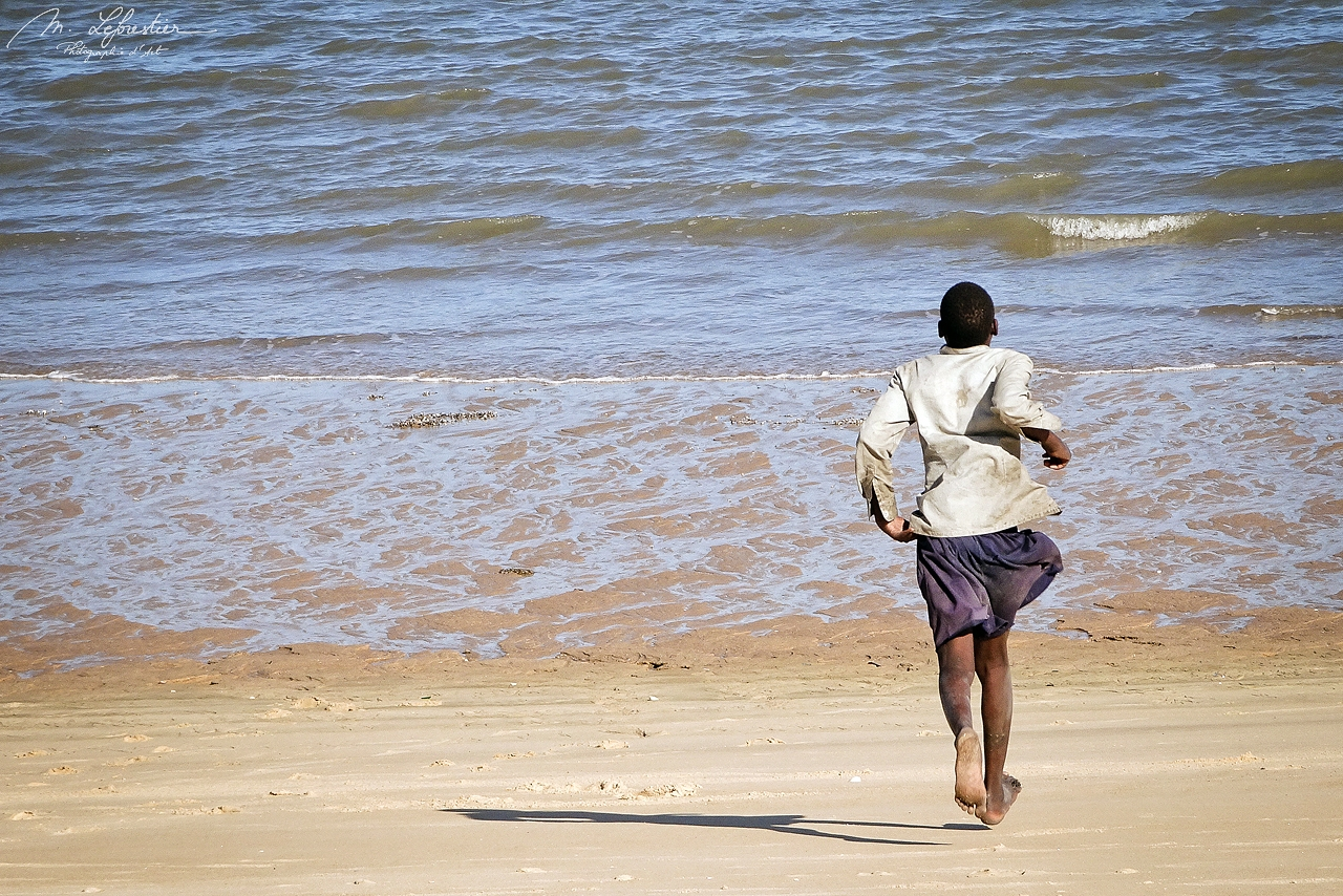 Mozambique: life by the sea in Beira before the devastating cyclone Idai