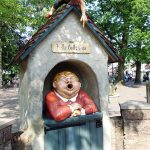a trash can in the Efteling by Tilburg in the Netherlands shouting 'papier hier' and 'thank you' once you put your trash in there