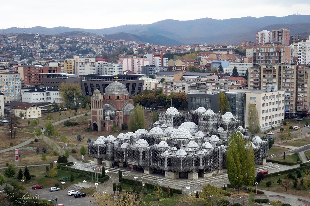 Kosovo: see the peculiar national library in Pristina