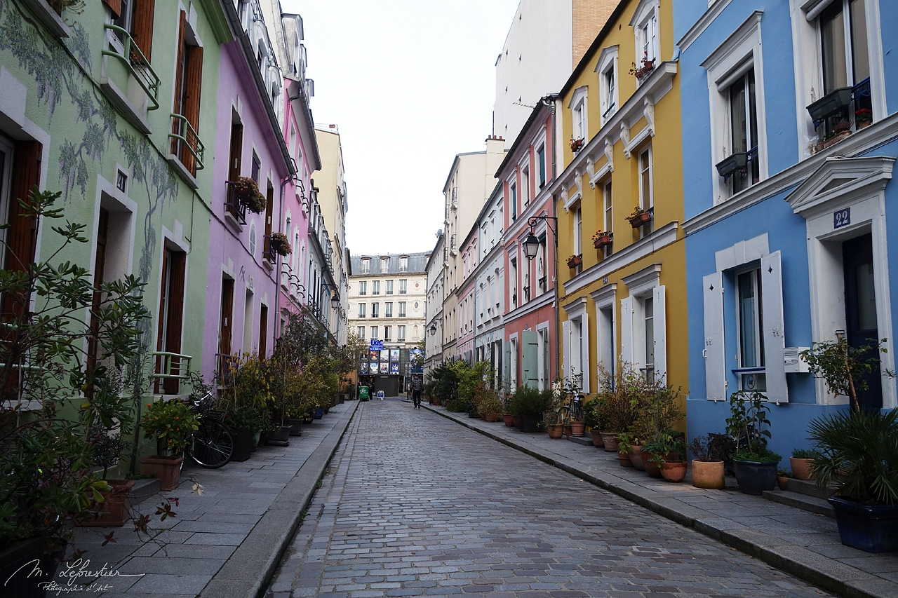 France: respect the most colorful street (rue Crémieux) of Paris