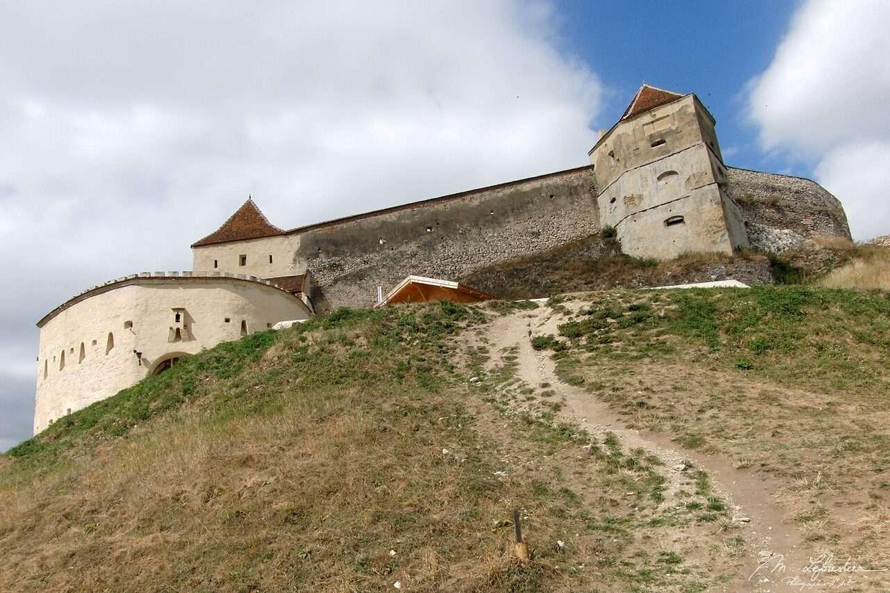 Romania: visit a medieval citadel in Rasnov